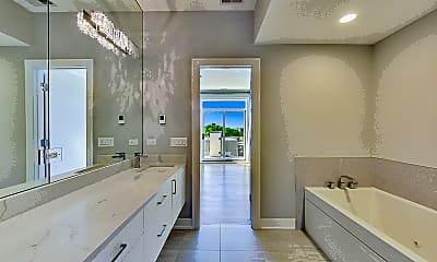 Bathroom, 1317 N Larrabee St #404, 2