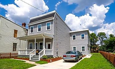 Building, 4414 Douglas St NE, 0