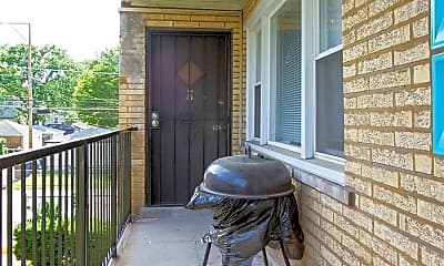 Patio / Deck, 8806 S Cottage Grove Ave, 1