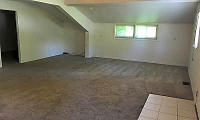 Living Room, 6738 Pavillion Rd, 0