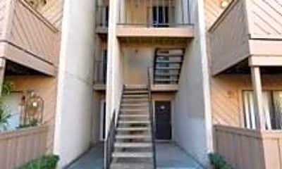 Building, 8110 Skillman St, 1
