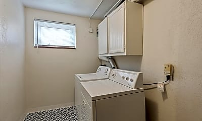 18-Lower Level-Laundry Room.jpg, 2047 S Milwaukee st, 2