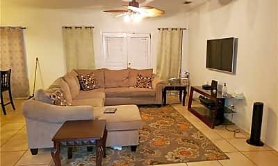 Living Room, 1426 Bianca St, 1