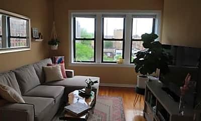 Living Room, 1402 N Ashland Ave, 0