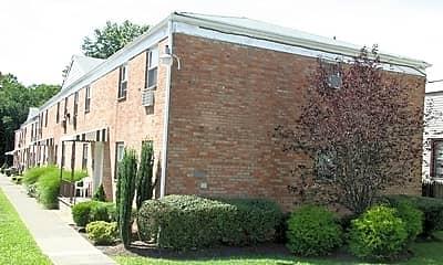 Building, 114-120 Montgomery Street Apartments, 1