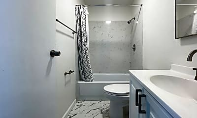 Bathroom, 3025 Park Blvd, 2