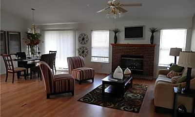 Living Room, 1037 Dougherty Lake Estates Dr, 1