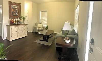 Dining Room, 207 Craftsman Dr, 1