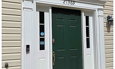 21369 Hansberry Terrace, 1