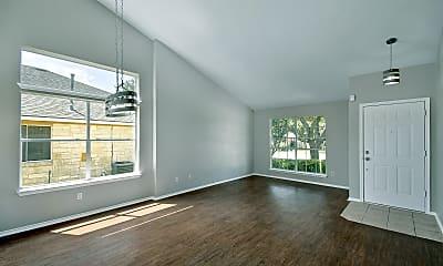 Living Room, 728 Leann Ln, 1