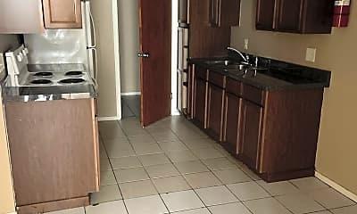 Kitchen, 1105 W Mahl St, 1