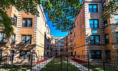 Building, 5040 W Quincy, 1