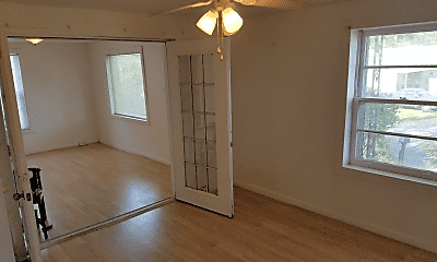 Living Room, 3215 Clifton Ave, 2