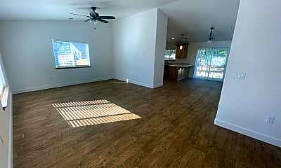 Living Room, 864 Shasta St, 1