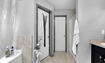 Bathroom, 4752 Balboa Rd, 2