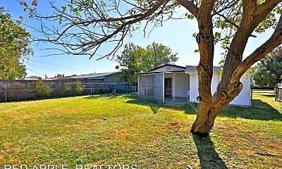 Building, 2702 Bennett Dr, 2