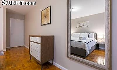 Bedroom, 4 E 80th St, 2
