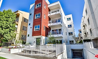 Building, 1424 S Bentley Ave 301, 0