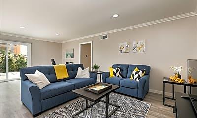 Living Room, 828 E Fairway Dr, 0