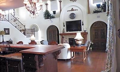 Dining Room, 606 Mahogany Run, 2