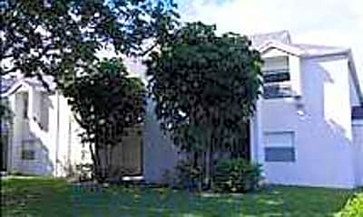 Country Club Place, 1