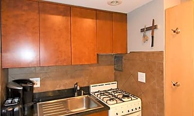 Kitchen, 30 Fleetwood Ave 1J, 2