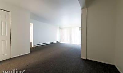 Building, 21746 Jeffrey Ave, 2