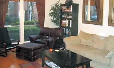 Living Room, 2009 Gillette St, 1