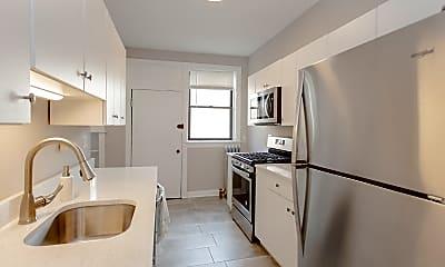 Kitchen, 5003 N Ashland Ave 1W, 1