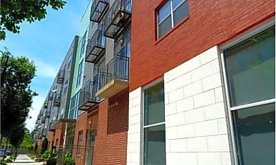 Building, 240 N Highland Ave NE Unit #3, 0