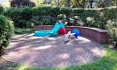 Playground, 21 Forest Park Ave, 2