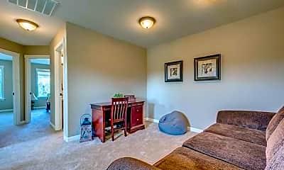 Living Room, 2612 NE 131st Ct, 2