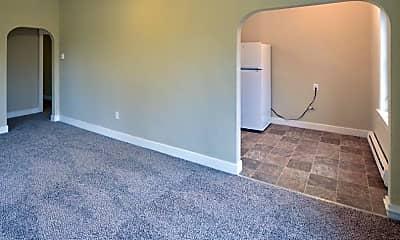 Living Room, 220 W Meeker St, 0