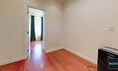 Bedroom, 157 E 99th St, 1