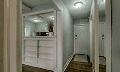 Bathroom, 720 W 37th St, 2