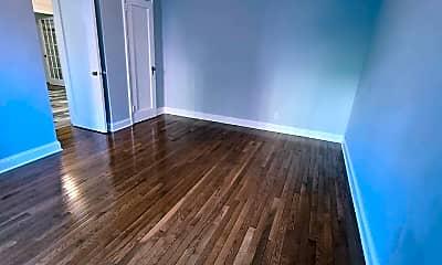 Living Room, 210 Martine Ave 1F, 2