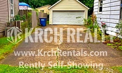 Community Signage, 638 Foredale Ave, 1