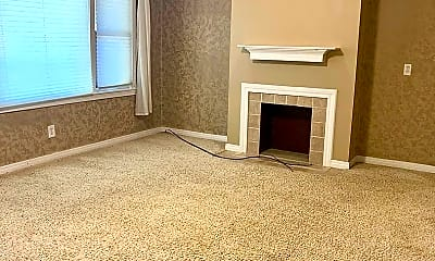 Living Room, 5916 E Rockwood Rd, 1