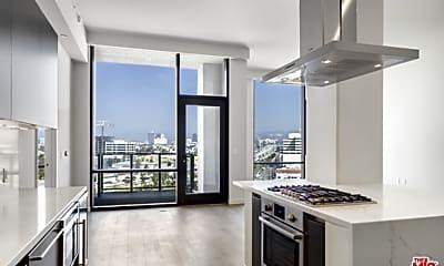 Kitchen, 2435 S Sepulveda Blvd PH 206, 1