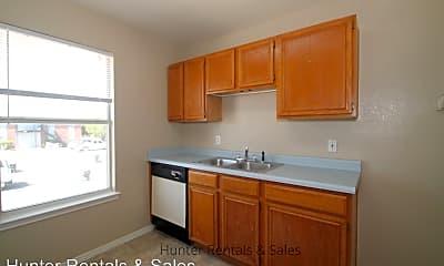 Kitchen, 1510 Benttree Dr, 1