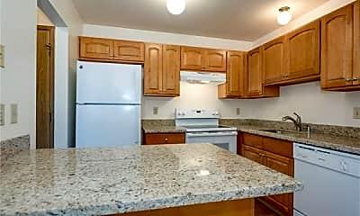 Kitchen, Beardslee Place Apartments, 1