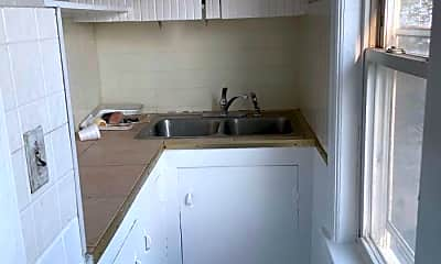 Kitchen, 69 Ward St, 2