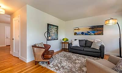 Living Room, 2241 Bluff St, 1