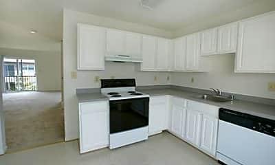 Kitchen, Frederick Villas / Ballenger Woods Townhouses, 2