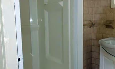 Bathroom, 102 Penn St 2, 2