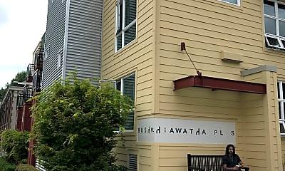 999 Hiawatha, 1