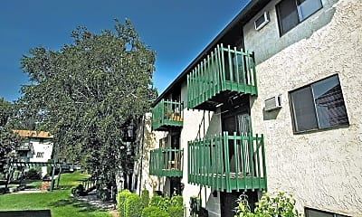 Crosspointe Apartment Homes, 2