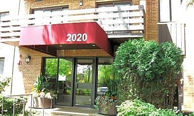 2020 Chestnut Ave 406, 1