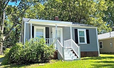 Building, 821 Buckner St, 1