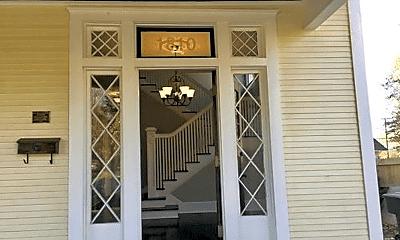 Patio / Deck, 1810 Highland Ave, 2